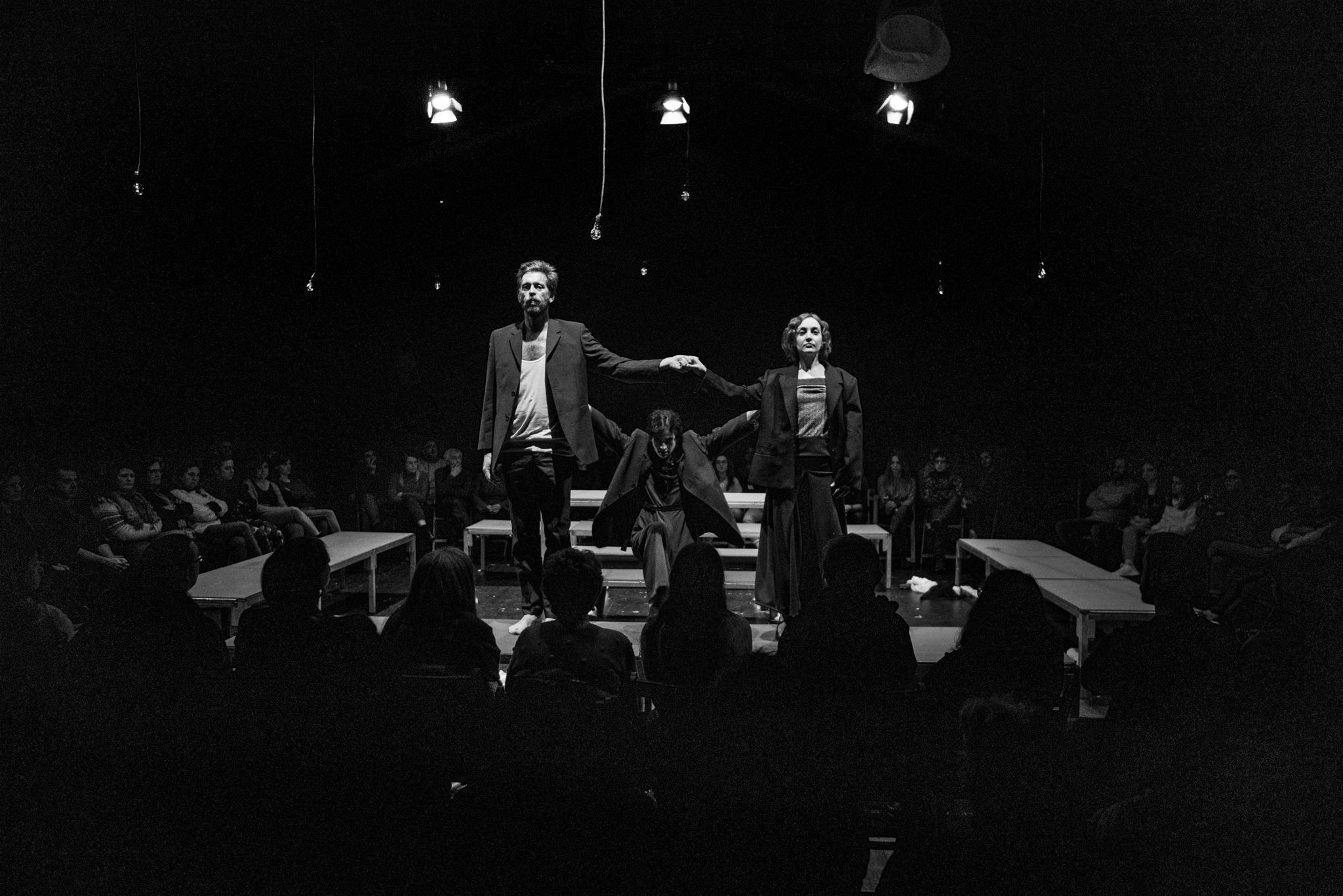 Poeta en Nova York con María Roja, Sergio Zearreta e Sabela Eiriz. Dirección: Paloma Lugilde