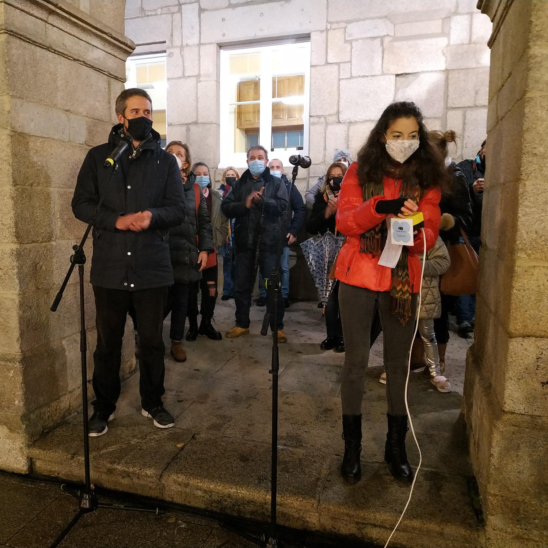 A poetisa luguesa Raquel Vázquez acende as luces de Nadal en Lugo