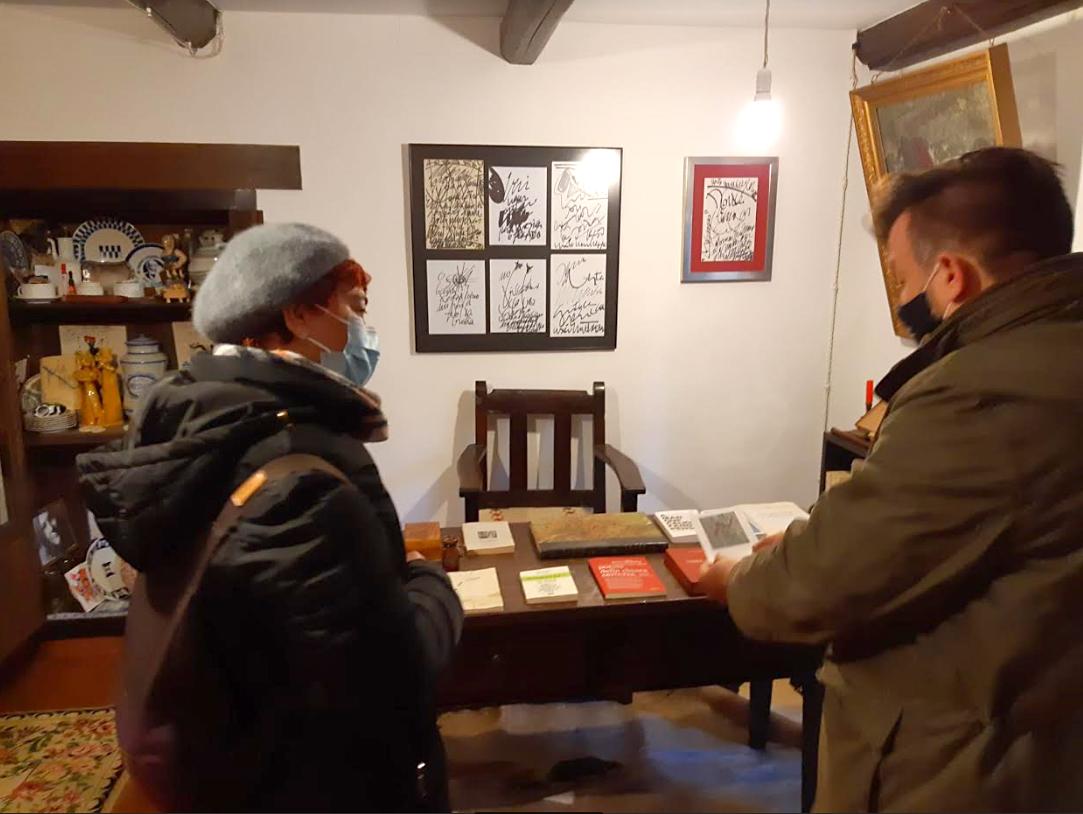 Continúa a restauración da casa natal do poeta Uxío Novoneyra