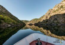 Rutas fluviais en catamarán pola Ribeira Sacra